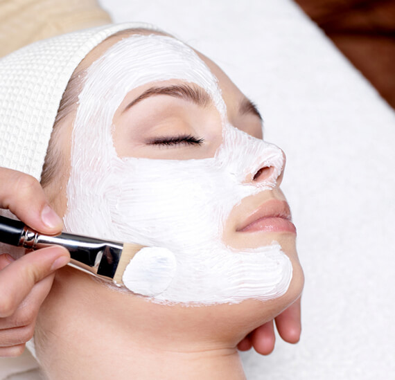 Book Appointment in a Beauty Salon to Polish Your Appeal